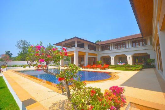 Huge Private Pool Villa On Kathu Golf KATH06