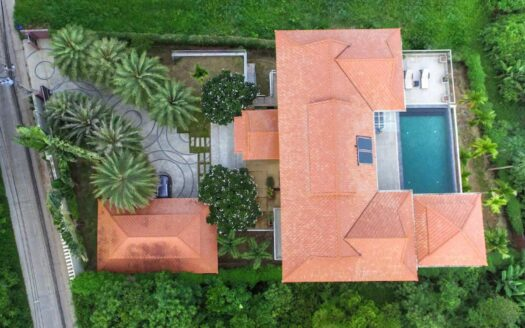 5 bedroom villa chalong for rent