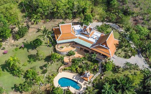 Layan beach Thai Style Villa