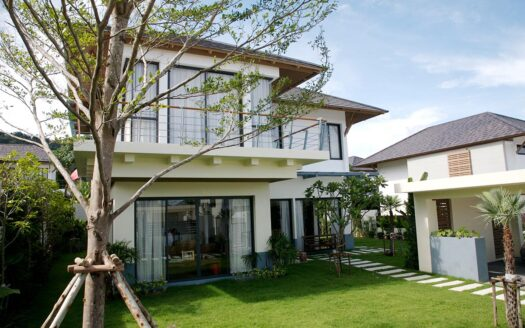Baan Suan Lock Palm villa Kathu Phuket for rent