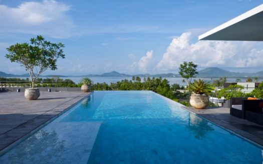 Baan yamu Villa for sale