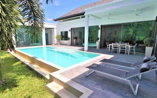 Villa Baanaraya Phuket for sale
