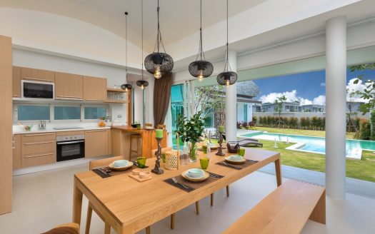 Buy villa layan phuket