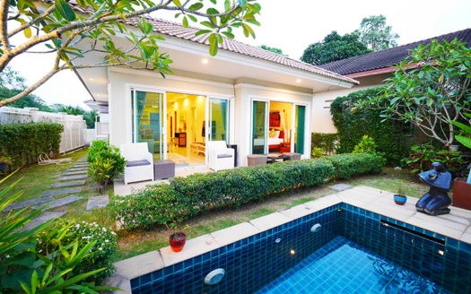 Chalong villa for rent