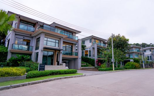 Kathu villa for sale