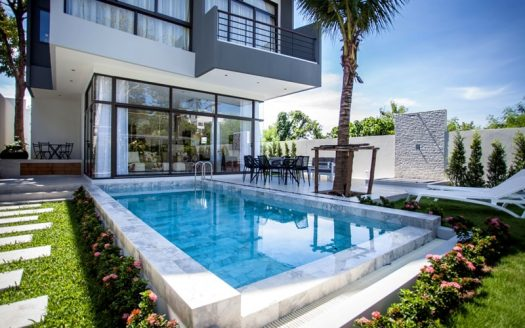 Nai Harn villa for sale