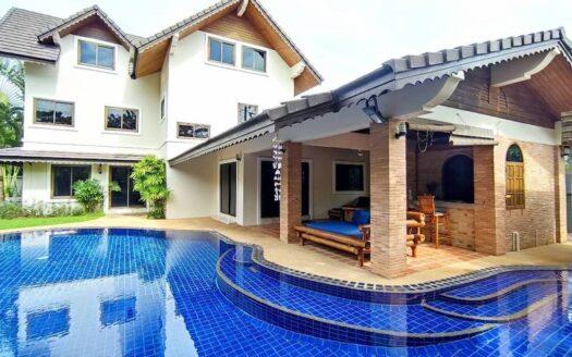 Nai Harn villa with garden for sale