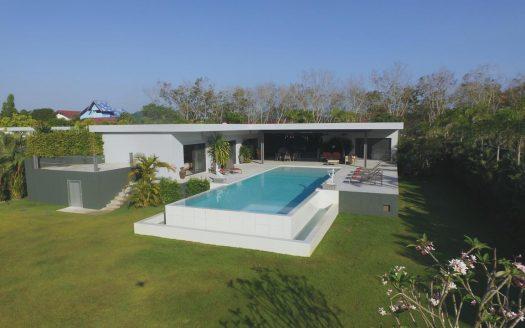 Rawai Trendy Villa