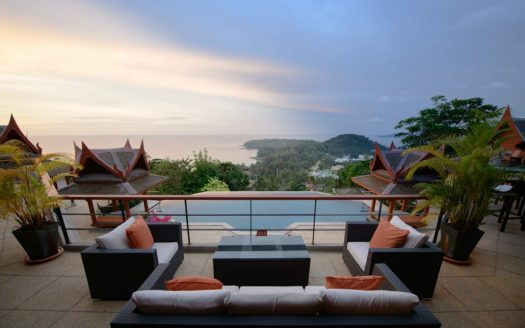 Surin sea view villa