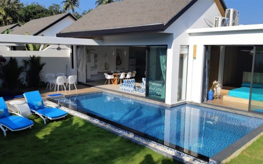 Villa for rent Naiyang Phuket